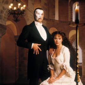 "Phantom's ""Irreplaceable"" Originals -- Michael Crawford, Sarah Brightman"