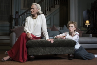 Glenn Close and Lindsay Duncan in A Delicate Balance