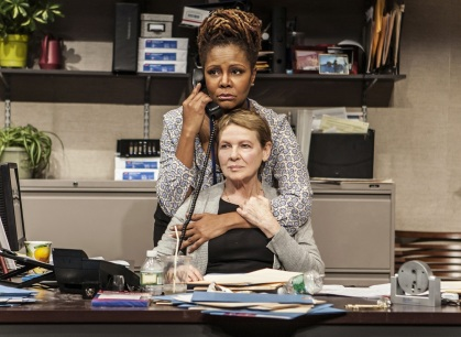 Tonya Pinkins and Dianne Wiest in Rasheeda Speaking (photo by Monique Carboni)
