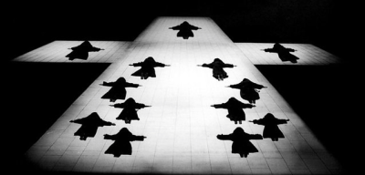 Opening scene of Dialogues des Carmélites at the Met