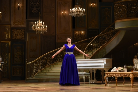 Lisette Oropesa -- a triumphant role debut in La Traviata