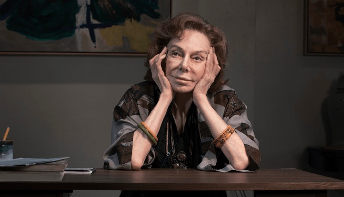 Elaine May in The Waverly Gallery (Photo by Brigitte Lacombe)